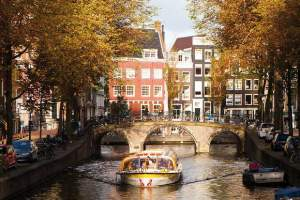 100 Highlights Stromma Canal Cruise Autumn - Amsterdam Welcome