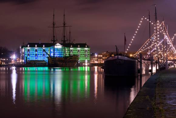 Amsterdam Light Festival (Water Colors Cruise) Scheepvaart- Amsterdam Welcome