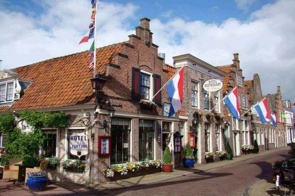 Day Tour Edam - Amsterdam Welcome